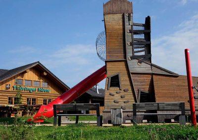 Grenzadler Oberhof im Sommer Spielplatz