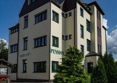 Pension Villa Immergrün Oberhof, Aussenansicht vorn